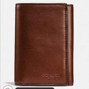Coach Men's NWT Brown Leather Trifold Wallet